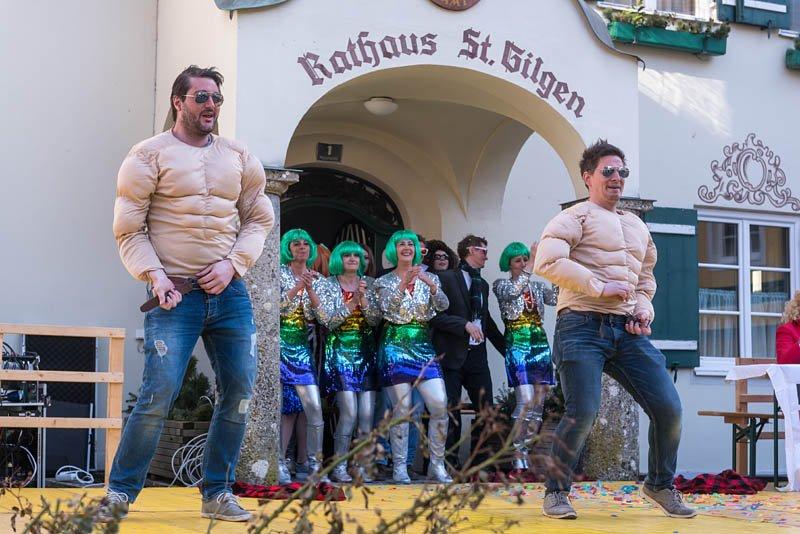 Bühnenfasching in St Gilgen am 25.02.2017, veranstaltet von der Faschingsgilde Schwarze Hand; Gruppe Laimer