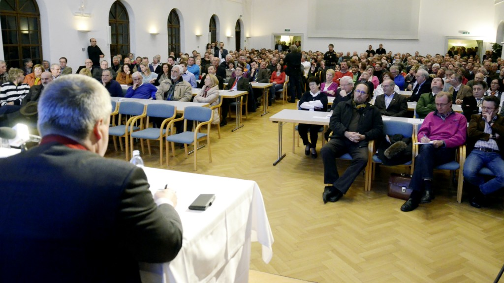 Der Besucherandrang bei der ersten Diskussion war enorm
